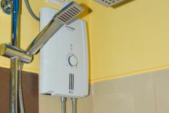 Breeze-Condo-Manila-3850b-Bathroom-2018-Juan-2