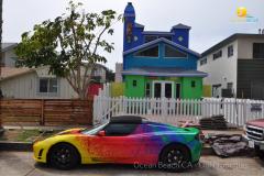 Ocean-Beach-CA-Colorful-House-and-Tesla-2018