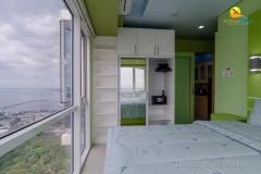 Breeze-Condo-Manila-3850b-Closet-2018-min