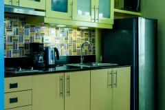 zBreeze-Condo-Manila-3850b-Kitchen-2018-2-min