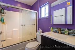 Ocean-Beach-CA-House-Upstairs-Bathroom-2018
